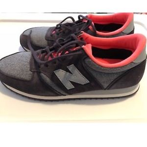 Womens NEW BALANCE 420 Retro Style Sneakers Size 8